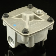 HALDEX RELAY VALVE - FOUR VERTICAL PORTS